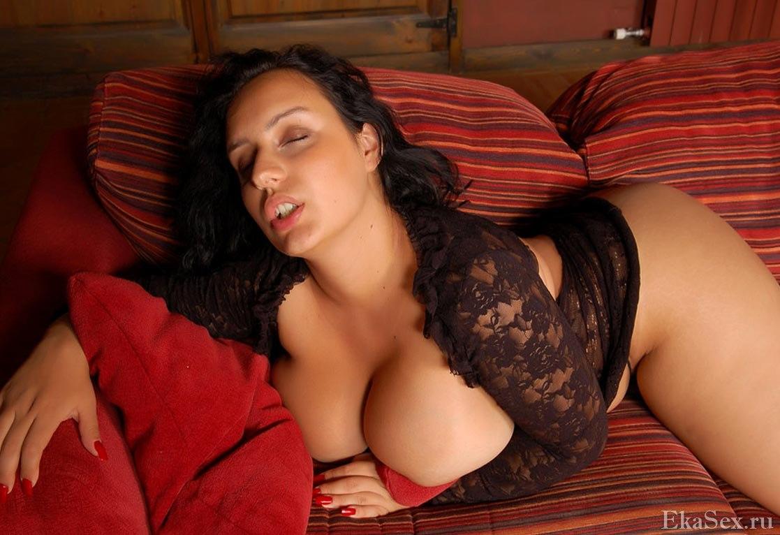 фото проститутки Нелли из города Екатеринбург
